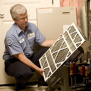 Lindstrom Air Conditioning & Plumbing Service Tech